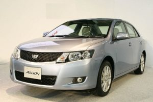 Toyota Announces to Recall 23,157 Units of Corolla Altis Cars in India over Airbag Issue